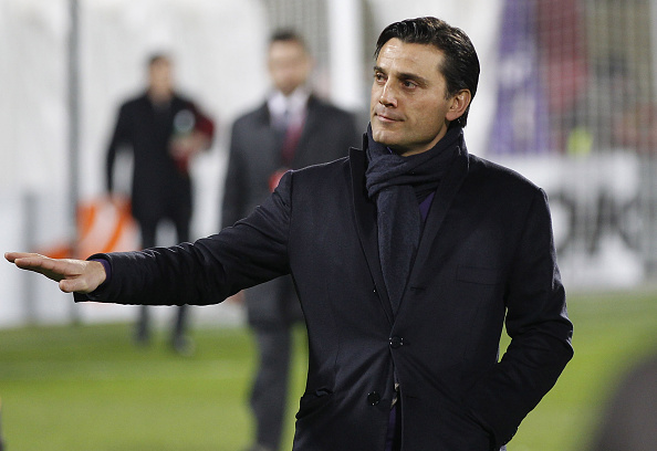 FLORENCE, ITALY - MARCH 12: Vincenzo Montella head coach of AFC Fiorentina gestures during the UEFA Europa League Round of 16 match between  ACF Fiorentina and AS Roma on March 12, 2015 in Florence, Italy.  (Photo by Gabriele Maltinti/Getty Images,)