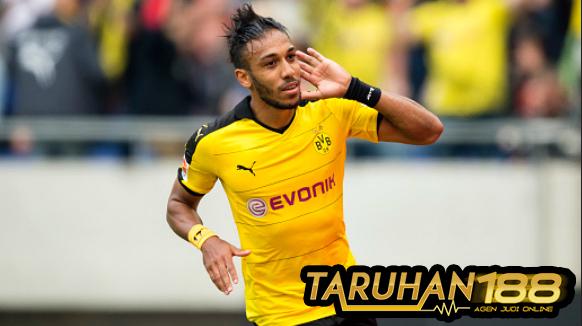 Aubameyang akan bertahan di Dortmund