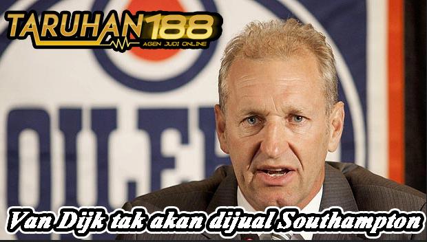 Van Dijk tak akan dijual Southampton