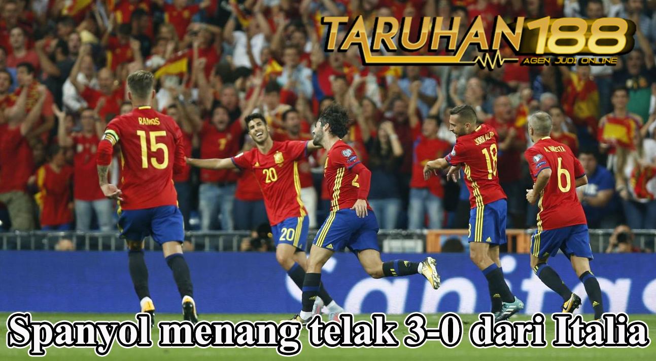 Spanyol menang telak 3-0 dari Italia